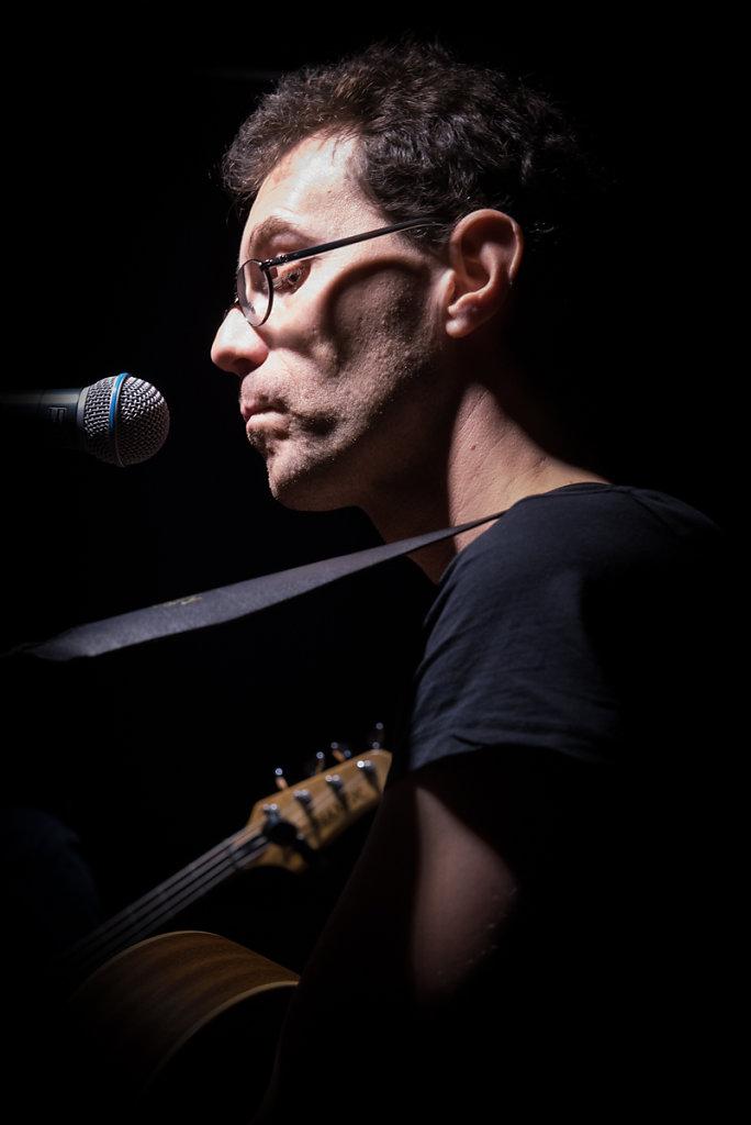 Le pouvoir du chat - Steve Letho Duclos : Paroles et musiques - Chant, guitares, clavier et harmonica #14